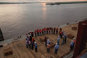 Safety meeting prior to vessel discharge in the Amazon River